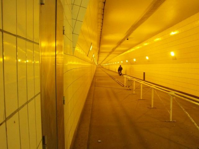 fietstunnel Rotterdam