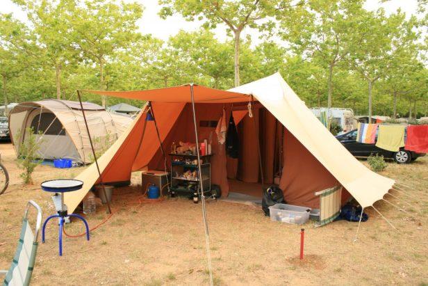 Onze good old De Waard tent.