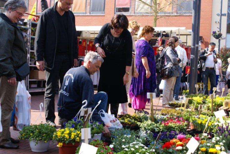 Groente, fruit en bloemen zijn op de markt vaak voordeliger
