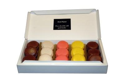 Caja Petit Plaisir Macarons 4 sabores