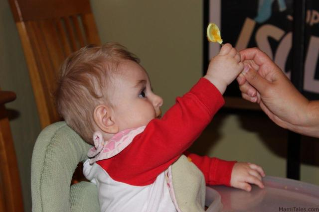 weaning-baby-to-solids