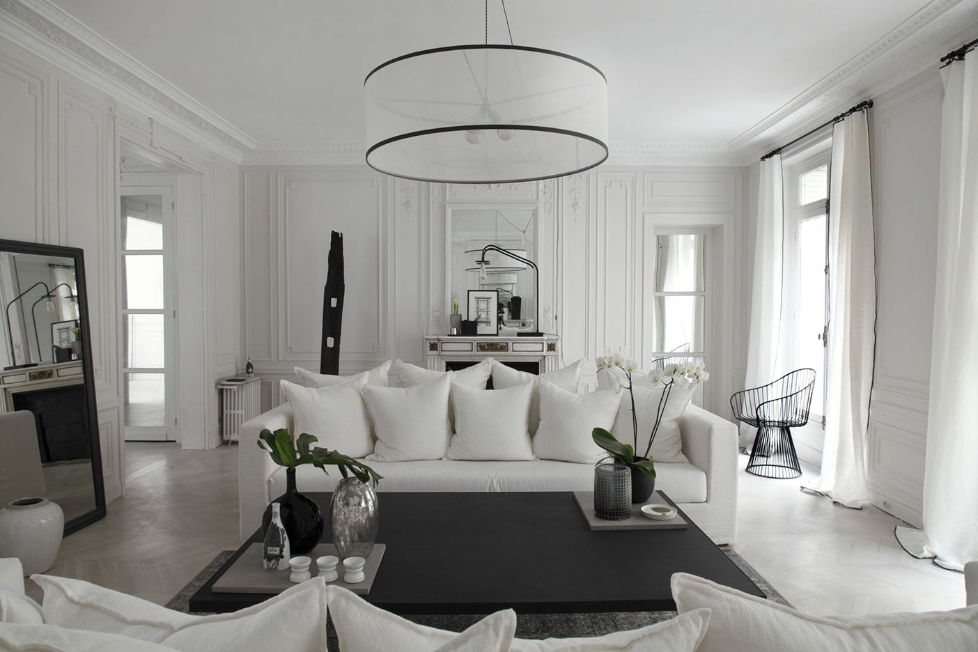 Arredare la casa in total white mamma al top for Casa moderna total white