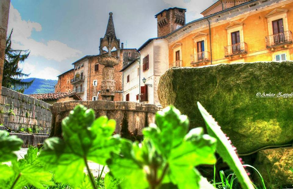 Fontana-Trecentesca-Foto-Proloco-Fontecchio-AQ