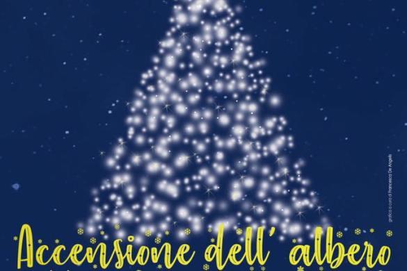 Accesione-dell-albero-Bugnara-LAquila - Cosa fare a Natale con i bambini in Abruzzo