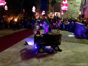 Spettacolo al Borgo di Babbo Natale a Ripattoni