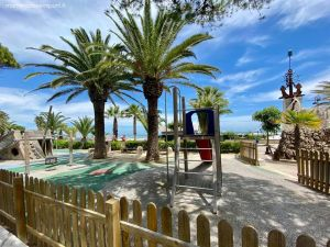 Mare in Abruzzo con bambini: Tortoreto il parco giochi sul lungomare