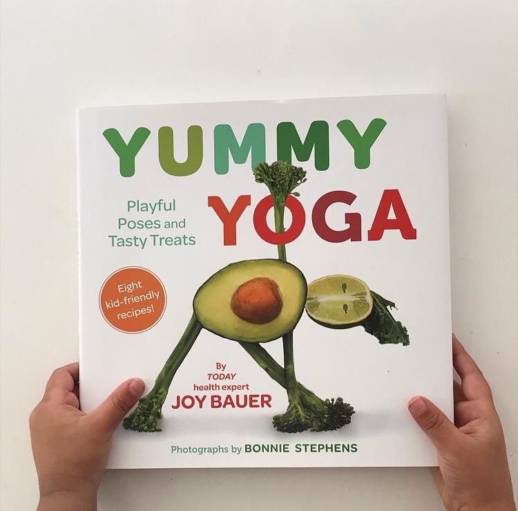Yummy yoga book review on mammafilz.com
