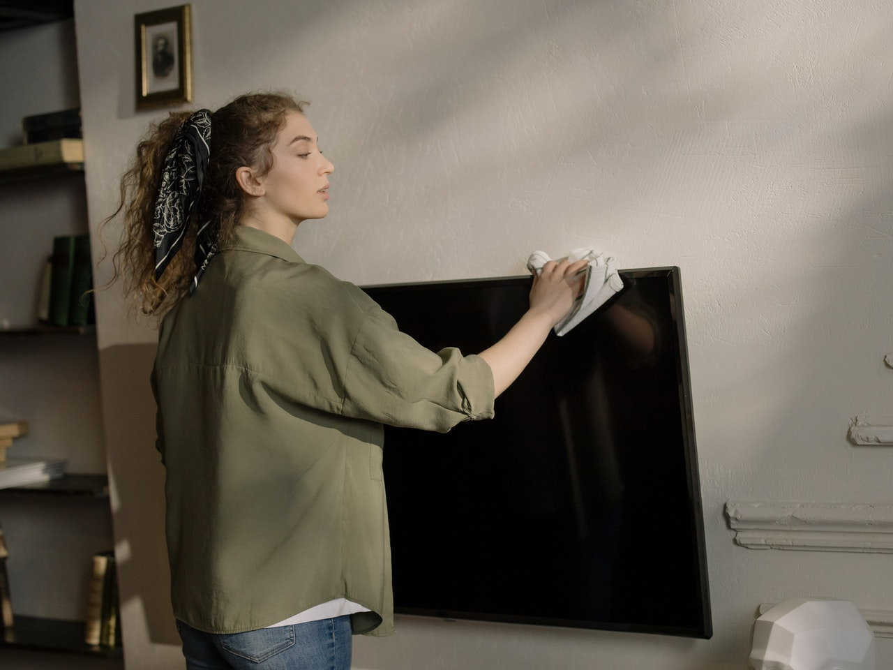 pulire lo schermo tv