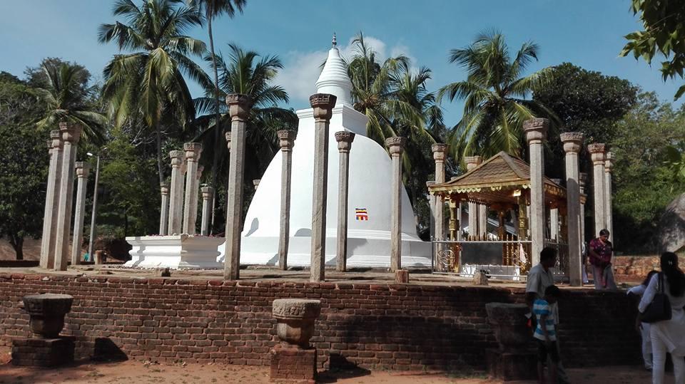 la dagoba di Ambashtala