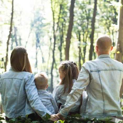 être maman et travailler à domicile famille