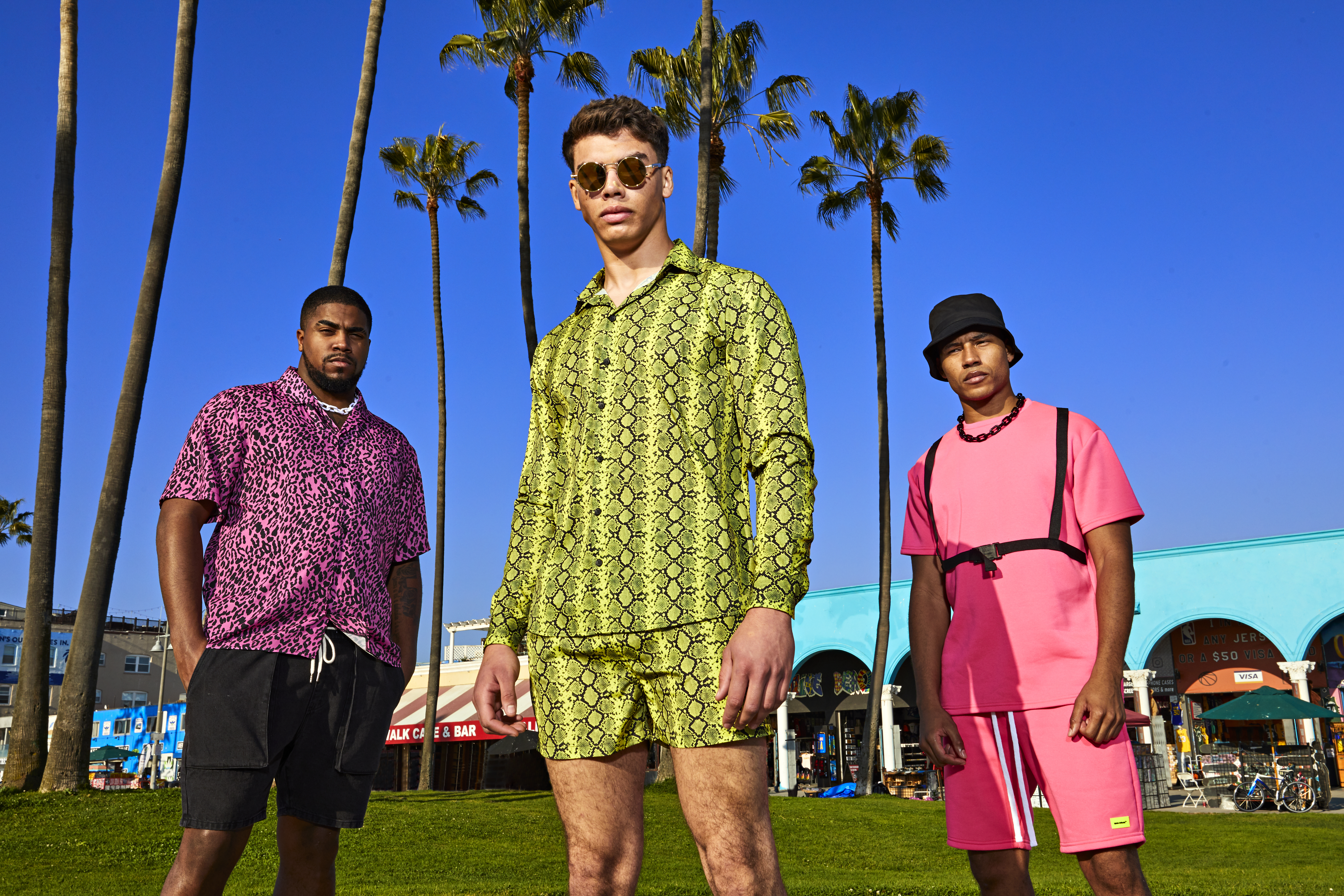 What to Wear on Spring Break 2020 for Guys? Top 5 Essentials to Create the Ultimate Spring Break Outfit for Guys