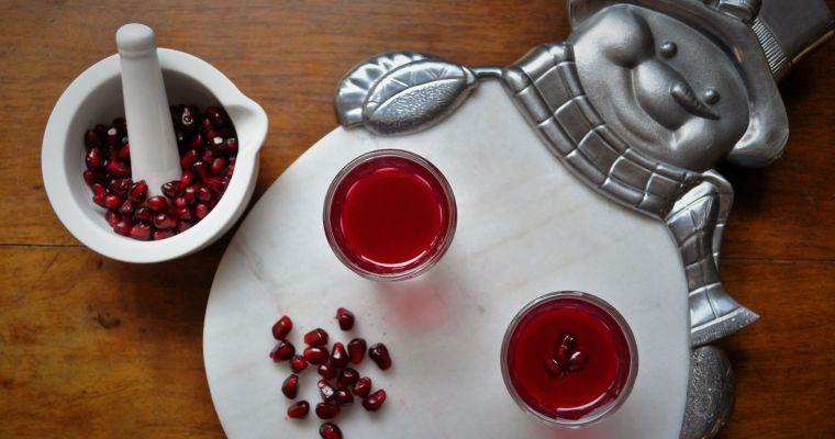 Πρωτοχρονιάτικο ποτό με Ρόδι και τσίπουρο