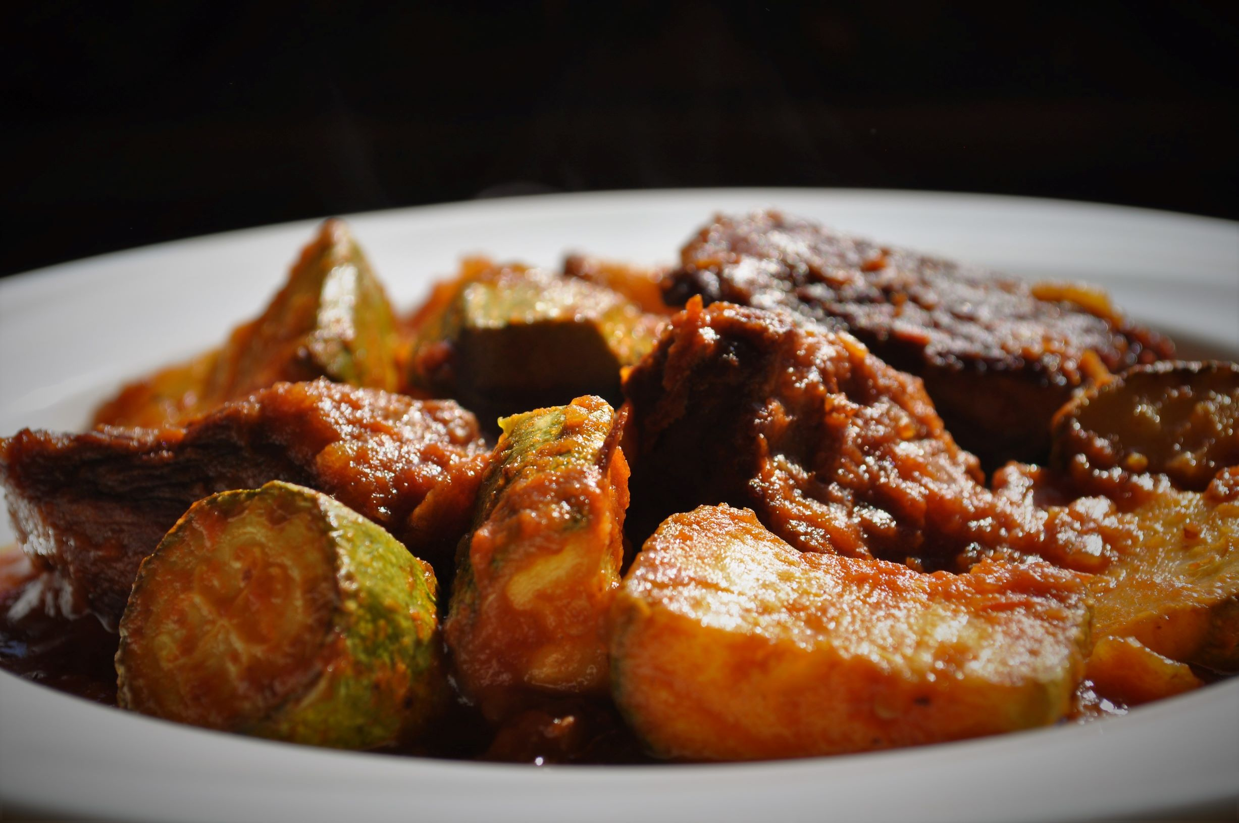 Braised beef with zucchini
