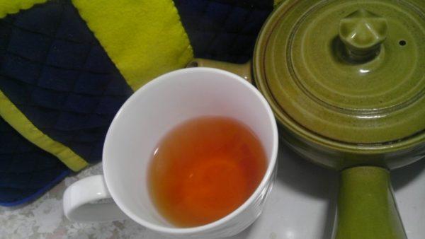 戸高製茶工場 戸高茶園釜炒り紅茶2012 -茶液