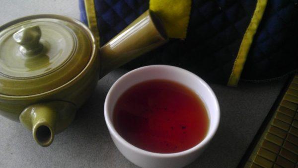 川戸紅茶20130720 パール紅茶(緑)2012 -茶液