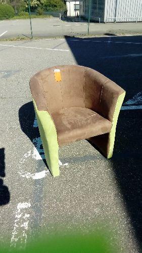 fauteuil cabriolet vert et brun