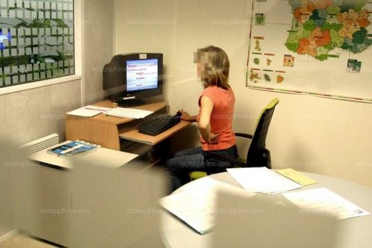 les-femmes-sont-davantage-victimes-de-violences-au-travail-photo-d-illustration-julio-pelaez-1513811189