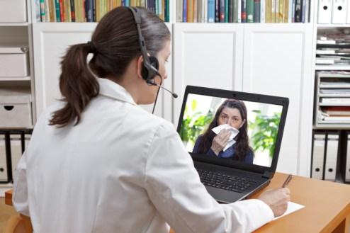 AMP-Telesalud-ayuda-al-personal-medico-a-combatir-el-COVID-19