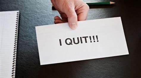 12 Alasan dan Penyebab Karyawan Resign Dari Tempat Kerja