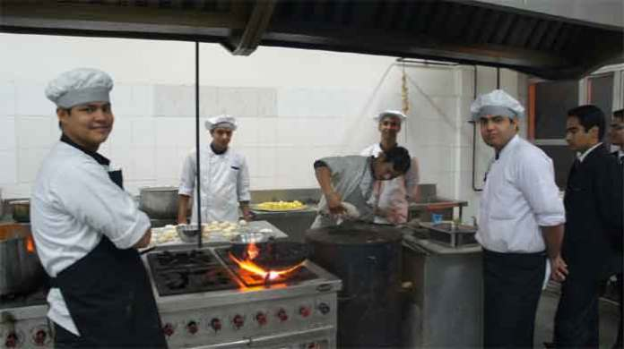 now customers can enter into kitchens in hotels and restaurants in gujarath