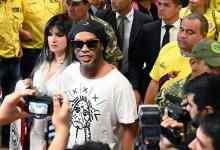 رونالدينيو، مهاجم برشلونة ومنتخب البرازيل السابق لكرة القدم