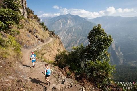 trail-running-asia-manaslu-nepal-lapu-lapsibot-Stephan and Barbara Tassani-Prell