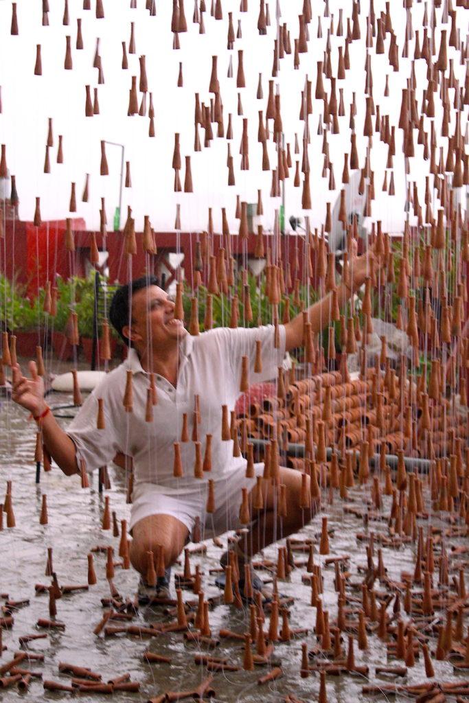 Manav Gupta, manav gupta rain, rain art, manav gupta, gupta artist, indian art, gupta indian art, gupta indian artist, manav gupta artist, installations, manav gupta installations, gupta installations, rain, art for earth, arth art for earth by manav gupta, arth by manav gupta,