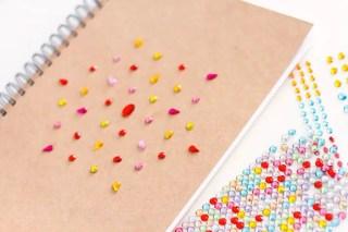 DIY cahier boho : Comment customiser facilement un carnet kraft graphic