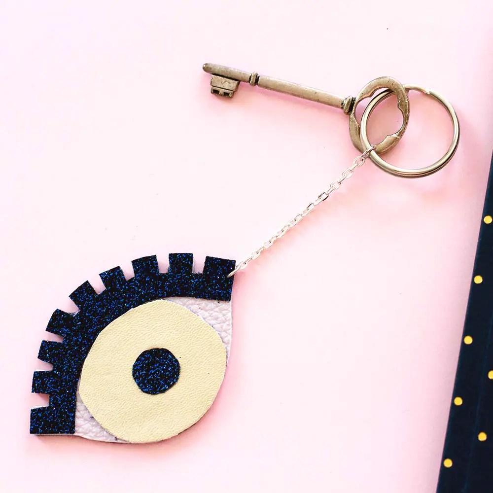 DIY porte-clés ananas et «oeil porte-bonheur»
