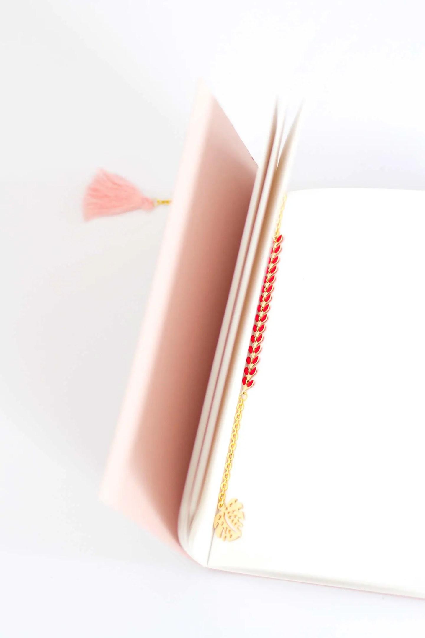 DIY marque-page bijou