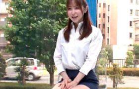タイトスカートのチョーキレイオフィスレディがマジックミラー号で潮吹きガクガク痙攣。篠田ゆう