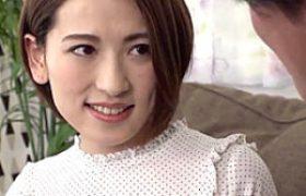 「奥ダメ〜子宮ダメ〜」上品なチョーキレイ妻が浮気ハメ撮りエッチでガクガク痙攣イキまくり!紗々原ゆり