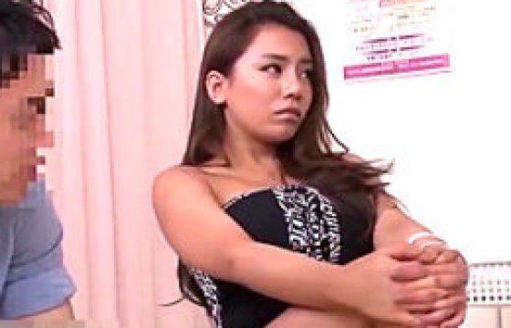高飛車で生意気なキャバ嬢が婦人科医師に媚薬キメセクで逆襲され分娩台でイカされまくる!松本メイ