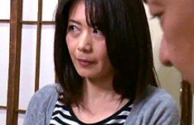 肉食美中年女性が絶倫オヤジと連続エッチでビクビク痙攣マジイキまくる。三浦恵理子