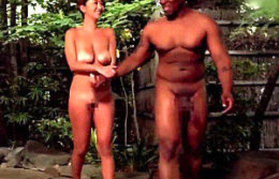 巨乳日焼け他人妻が温泉旅行で黒人巨根にハマり寝取られる。吹石れな