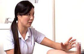 若いイケメン患者のザーメン検査で中年女性看護師がビクビク痙攣アクメ。藤沢未央ほか