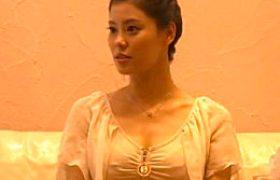 タイ古式マッサージで淫欲したキレイ妻が白い本気汁をダラダラ漏らしながらエビ反りエッチw青山はるき