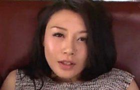 妖艶な美オバサンがアナルファックで汗だくビクビク痙攣イキまくり!中島京子