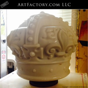 Whit Crown milk glass globe