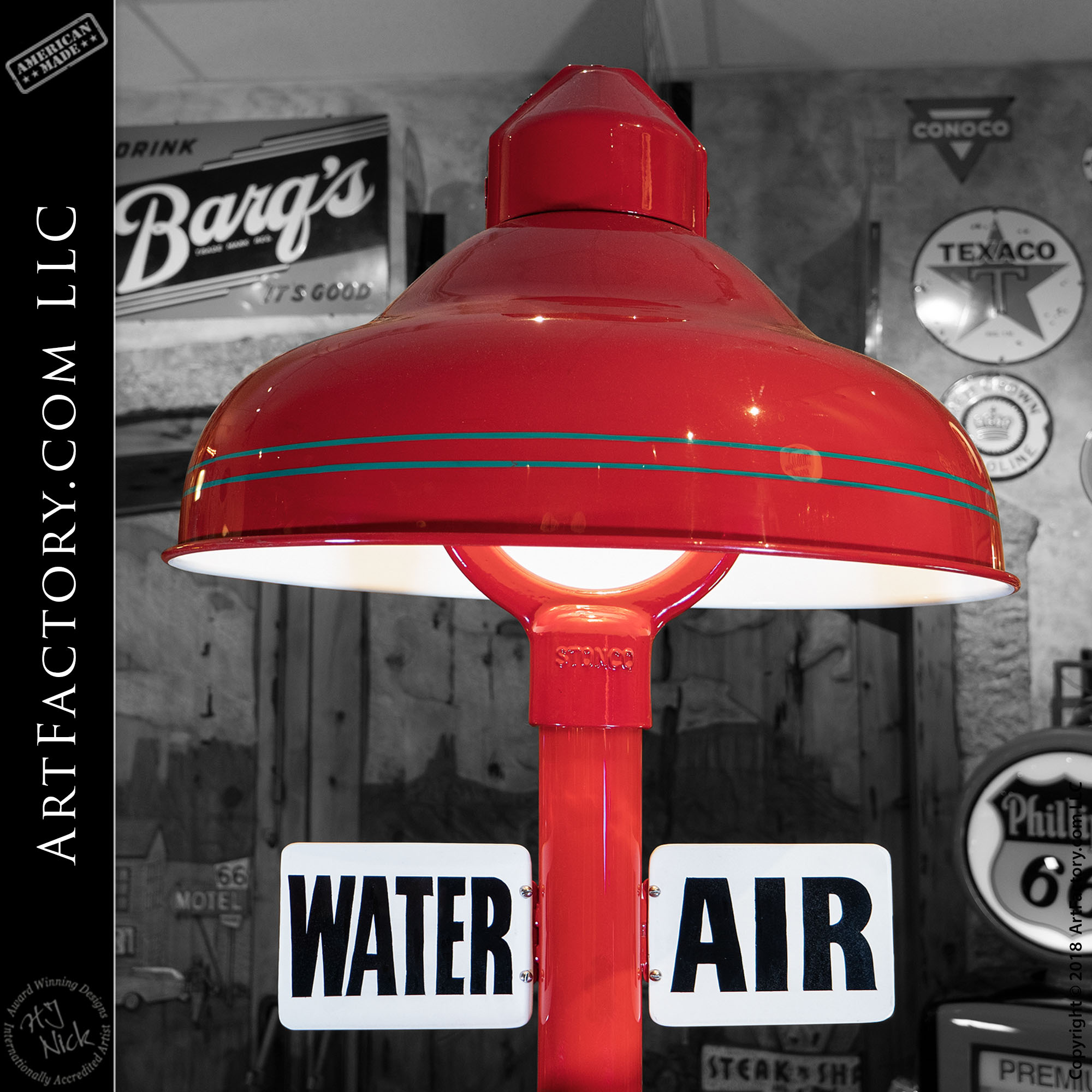 Texaco Air and Water Fuel Island Light