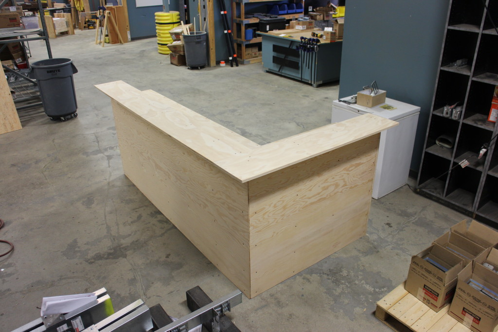 Strong-Tie How to Build a Man Cave Bar