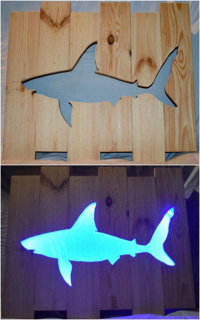 Shark Pallet Light