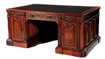 Victorins Mahogany Desk
