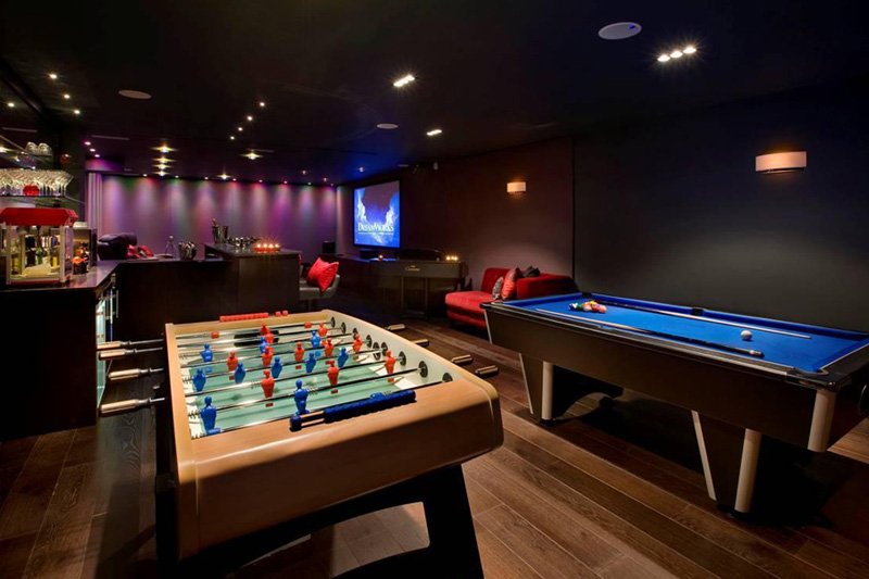 mancave games and bar pool room design idea