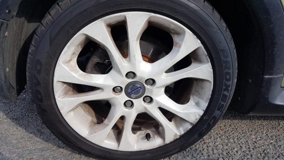Powder coated alloy wheel repair