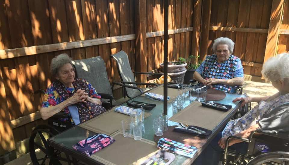 Dallas Home Care - Manchester Assisted Living in Park Cities