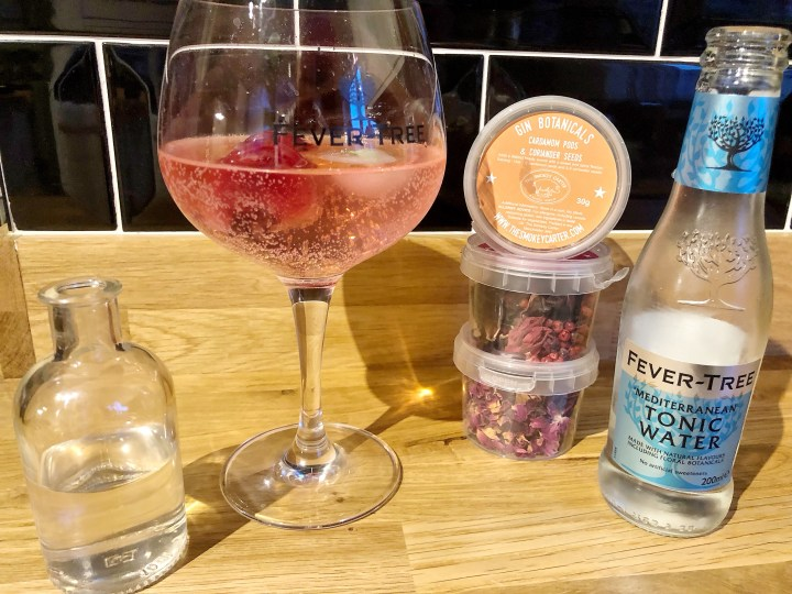 Review:- Gin Botanicals From Smokey Carter