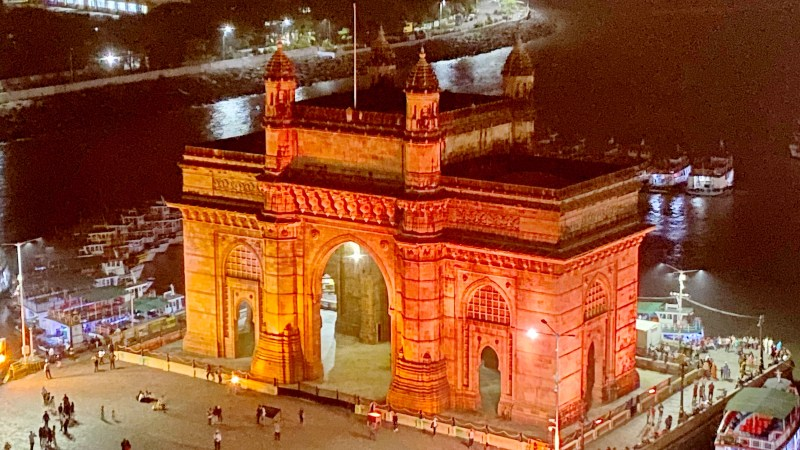 Holiday In India – Without a Tour Operator (Pt 2 – Travelling to and staying in Mumbai)