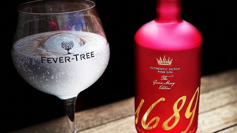 Yes its Pink, but its blooming great. 1689 Queen Mary Edition Gin Reviewed