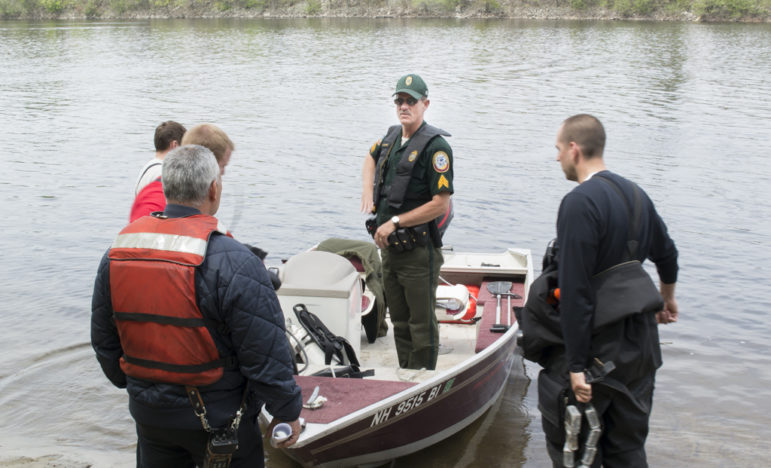 Search team prepares to return to the river on Tuesday. The r body of a man who drowned in the Merrimack River was recovered Tuesday afternoon.